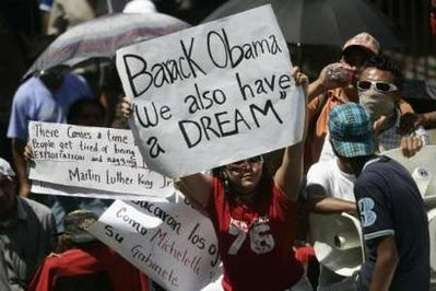 Honduras protesters continue to bash Obama and CNN