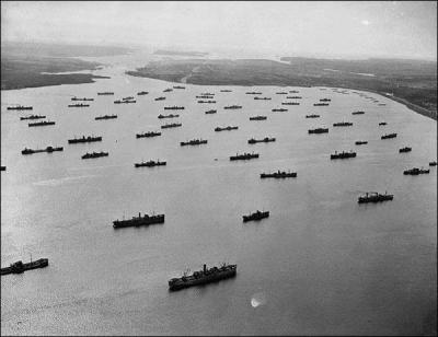 Allied supply convoy crossing the Atlantic