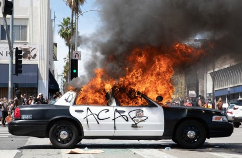 Democrats want to refund the police and release criminals