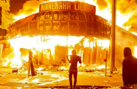 Minneapolis gave the rioters space to riot